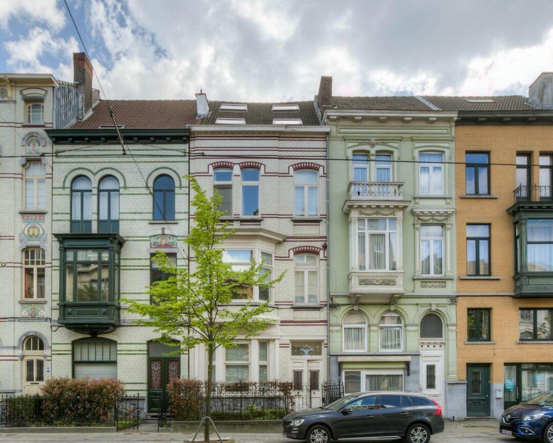 2018 05 11 BiobzCjAOE6 1776791667882393811 uai | Baeyens & Beck architecten Gent | architect nieuwbouw renovatie interieur | high end | architectenbureau