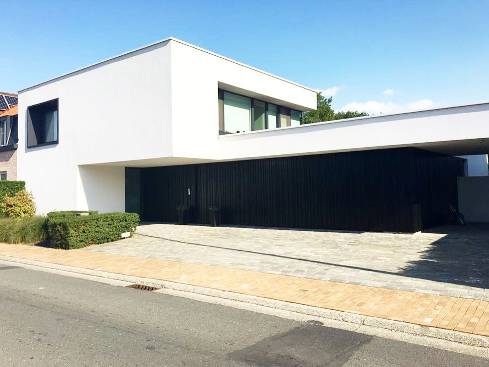 2018 09 01 BnLIMEHn0a7 1858615284649117371 | Baeyens & Beck architecten Gent | architect nieuwbouw renovatie interieur | high end | architectenbureau