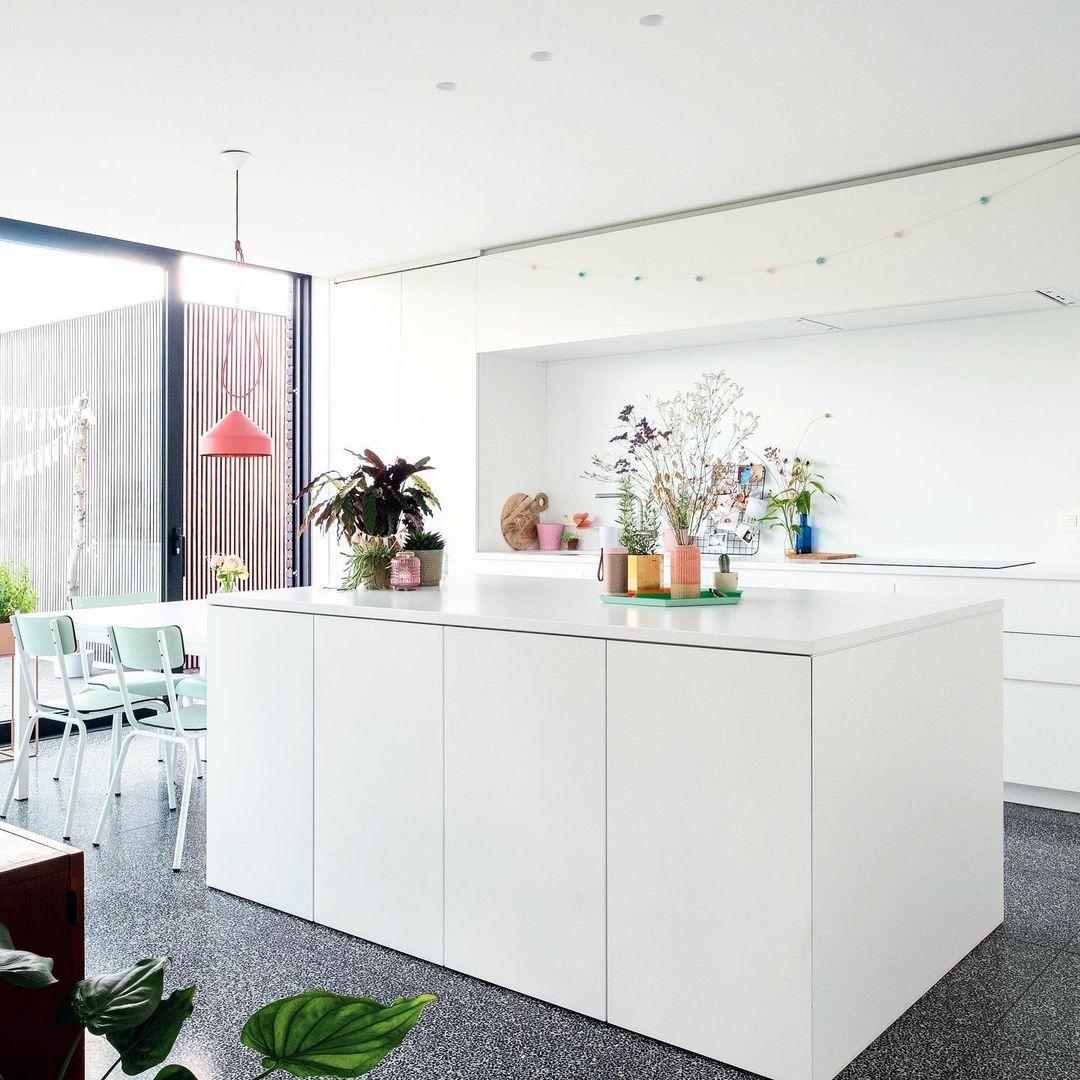 2019 08 15 B1MV7zIIaQm 2111158793653036070 | Baeyens & Beck architecten Gent | architect nieuwbouw renovatie interieur | high end | architectenbureau