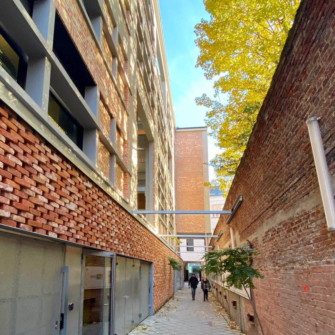 2019 11 20 B5Fm7ytAQYK 2181320825213522566 | Baeyens & Beck architecten Gent | architect nieuwbouw renovatie interieur | high end | architectenbureau